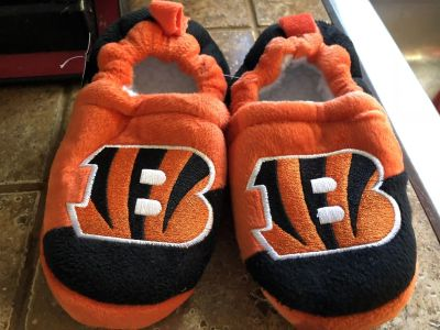 Brand new with tags toddler bengals slippers