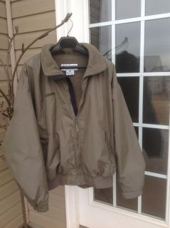Men's Columbia Fleeced lined Jacket-excellent condition size XL