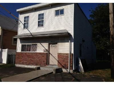 4 Bed 2 Bath Foreclosure Property in Springfield Gardens, NY 11413 - 147th Ave