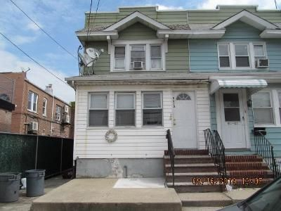 4 Bed 3 Bath Foreclosure Property in Woodhaven, NY 11421 - 13 76 St