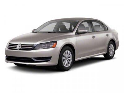 2012 Volkswagen Passat SE (Candy White)