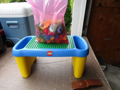 LEGO DUPLO BLOCK LAPTOP TABLE