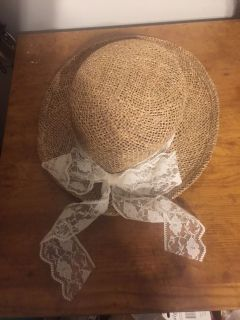 Adorable Lady s Straw Hat