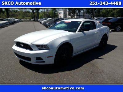 2014 Ford Mustang V6 (WHITE)