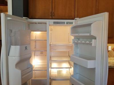 Mint Condition: KitchenAid Refrigerator