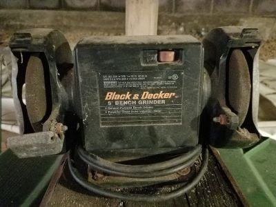 """BLACK&DECKER 5"""" BENCH GRINDER"""