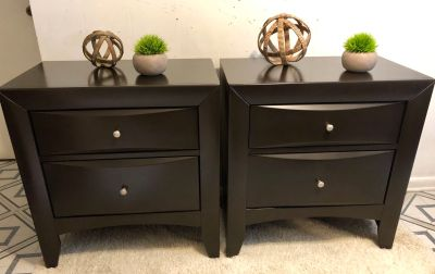 Ashley furniture night stands set