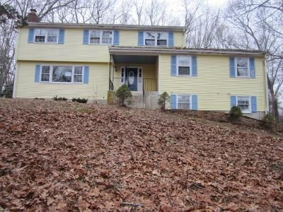 5 Bed 2.1 Bath Foreclosure Property in Coventry, CT 06238 - Deborah Dr