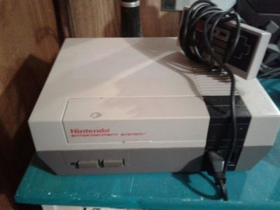 Nintendo entertainment system with 42 games