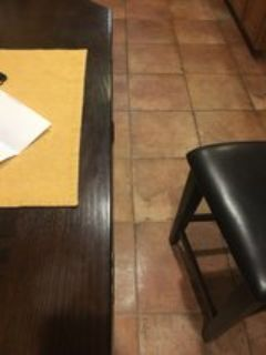 Kitchen Table with lazy Susan. Comes with 6 chairs
