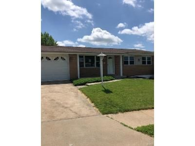 3 Bed 2 Bath Foreclosure Property in Saint Louis, MO 63125 - Causeway Dr