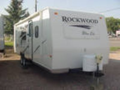 2010 Forest River Rockwood Ultra Lite 2607