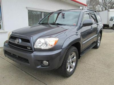 2006 Toyota 4Runner Limited (Titanium Metallic)