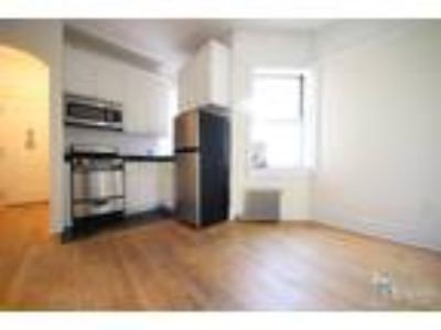 Grand St & Mott St* Huge Sunny Renovated* King Size Bed* Large Closet Space*