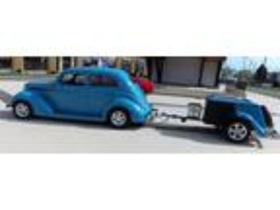 1937 Ford Slantback Sedan with AREO Trailer
