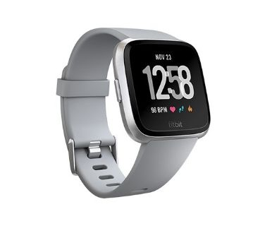 REDUCED***FITBIT VERSA W/Extras