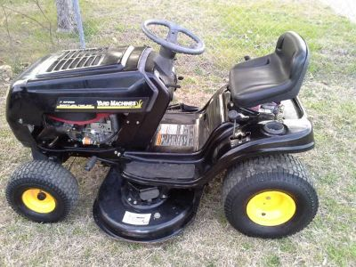Like New Riding Mower 42 17.5hp