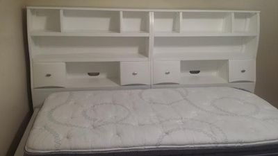 2 month old white book shelf twin daybed