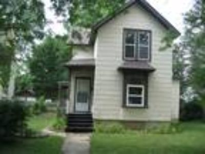 SPACIOUS Three BR/1.5 BA Home with Eat-In Kitchen!