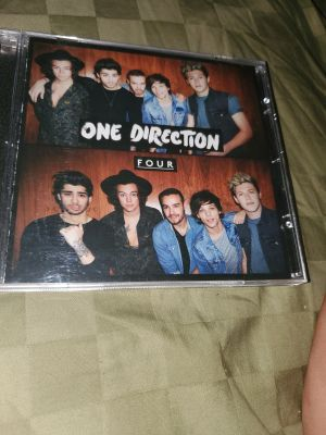 One direction four Cd