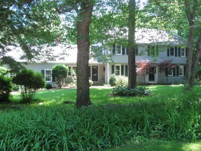 FABULOUS AMHERST NH ESTATE SALE -A..