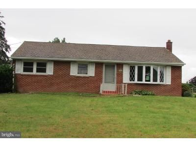 3 Bed 1 Bath Foreclosure Property in Harrisburg, PA 17112 - Irene Dr