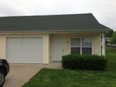 117 Clover Court Radcliff, Great well maintained duplexes