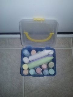 Sidewalk chalk with storage container and carrying handle