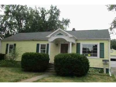 2 Bed 2 Bath Foreclosure Property in Coldwater, MI 49036 - S Circle Dr