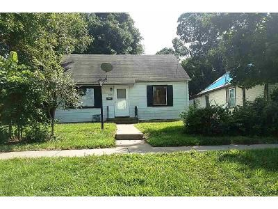 3 Bed 1 Bath Foreclosure Property in Rockford, IL 61101 - Taylor St