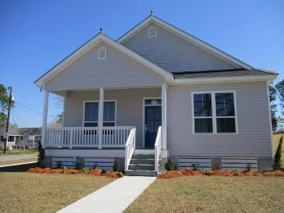 3 Bed 1 Bath Foreclosure Property in New Orleans, LA 70121 - Claiborne Dr