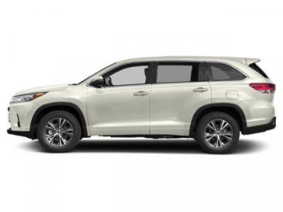2019 Toyota Highlander LE (Blizzard Pearl)