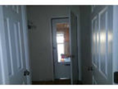 5 BR 3 Full BA in Troy. Washer/Dryer Hookups!