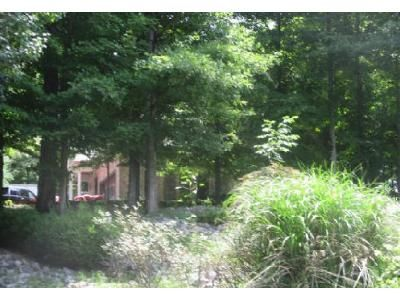 3 Bed 3 Bath Foreclosure Property in Dickson, TN 37055 - Scenic Dr