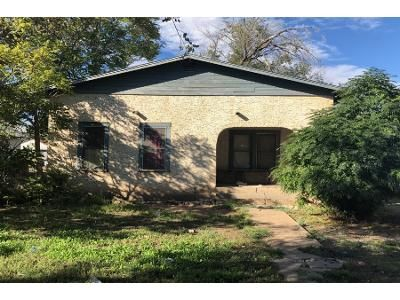 1 Bath Preforeclosure Property in Roswell, NM 88201 - E 5th St
