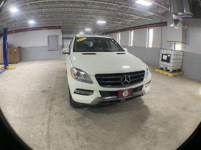 2012 Mercedes-Benz M-Class ML350 4MATIC (Arctic White)