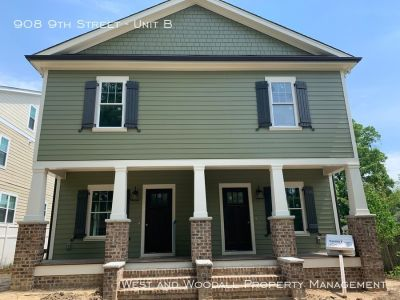 Brand new duplex in the heart of downtown Durham!