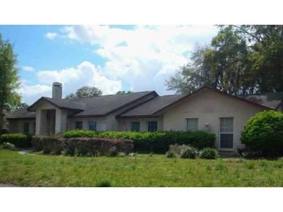 3 Bed 2 Bath Foreclosure Property in Plant City, FL 33566 - S Fairway Dr