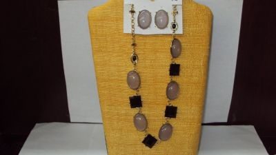 Black & Gray Necklace and Earrings Set