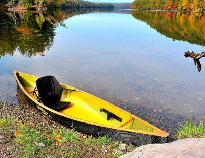 Ultra light solo canoe