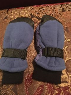 Thinsulate Mittens Youth Size 8-12