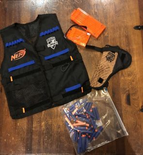 Nerf Tactical Vest with Glasses, clips, Zombie Holster and extra bullets