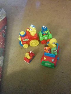 Sesame Street Collection -- Train -- Wind up Car and Small Car
