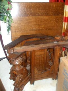Antique Tiger Oak Dining Table with Carved Legs