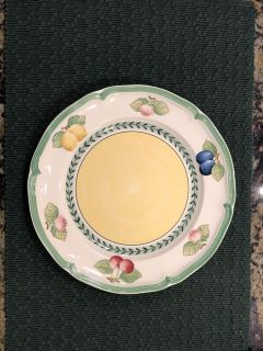 Bills Roy and Boch French Garden Fleurence Dinner Plate