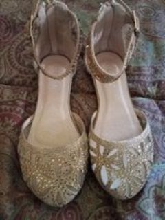Gold girls shoes