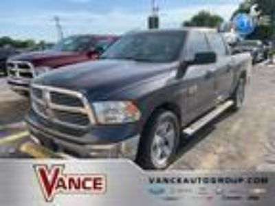 Used 2015 RAM 1500 4WD Crew Cab 140.5 in Miami, OK