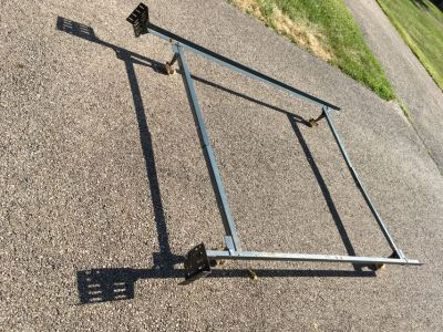 Bed Frame Full/ double or Twin adjustable