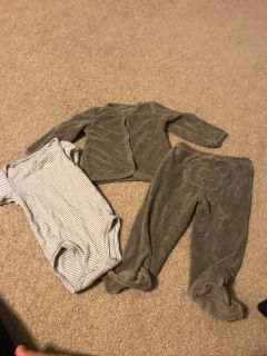 9 months Carter s 3 piece outfit