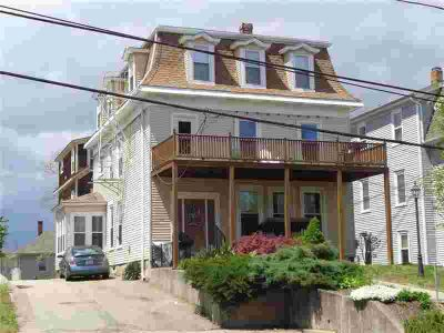 557 Park AV Woonsocket, Mint condition first floor Two BR